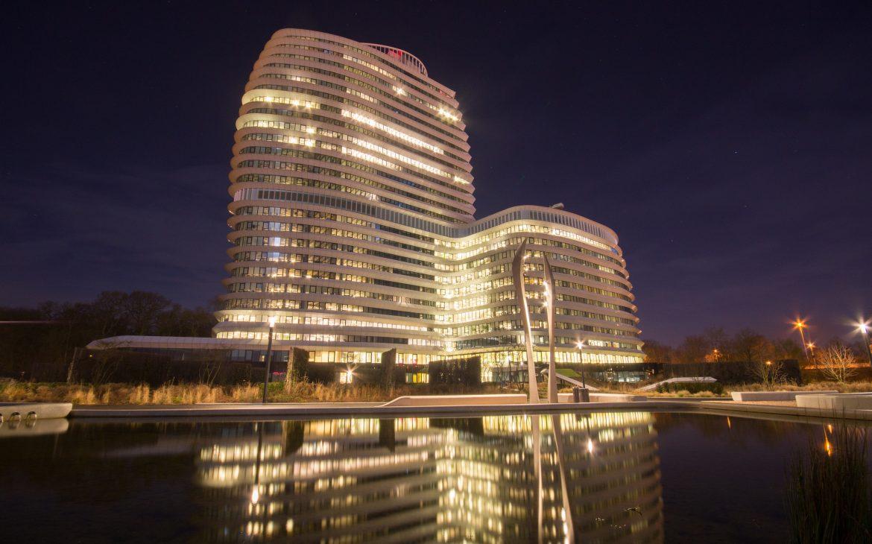 Hotels met gave architectuur en verlichting
